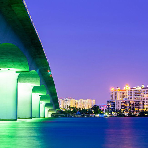 Photo of bridge over the ocean