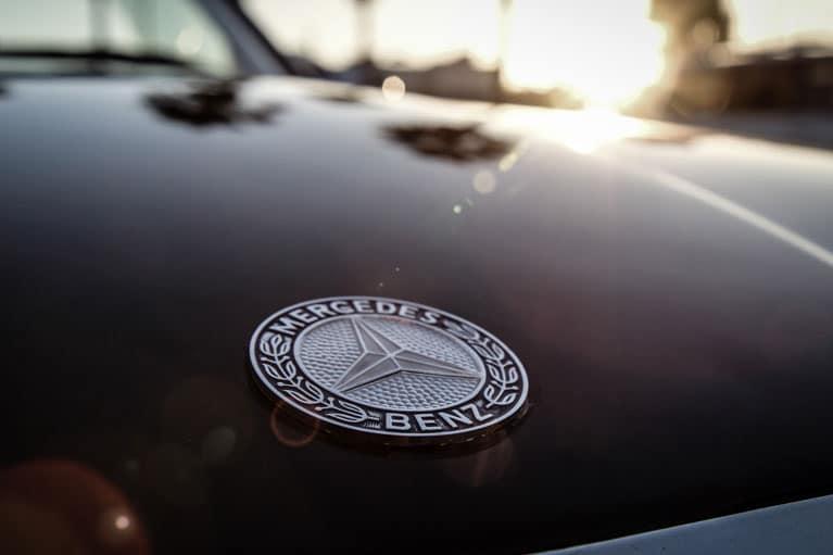 Mercedes Benz badge image